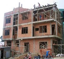 Cho hàng xóm mượn tường xây nhà nhưng đang thi công có đòi lại được không