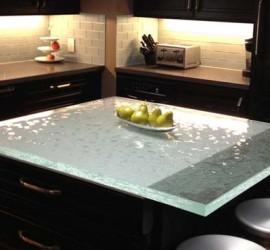 Mẫu bàn kính đẹp lung linh cho nhà bếp
