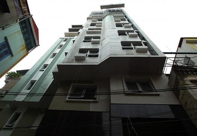xây nhà sai giấy phép xây dựng phó giám đốc đổ tại vợ