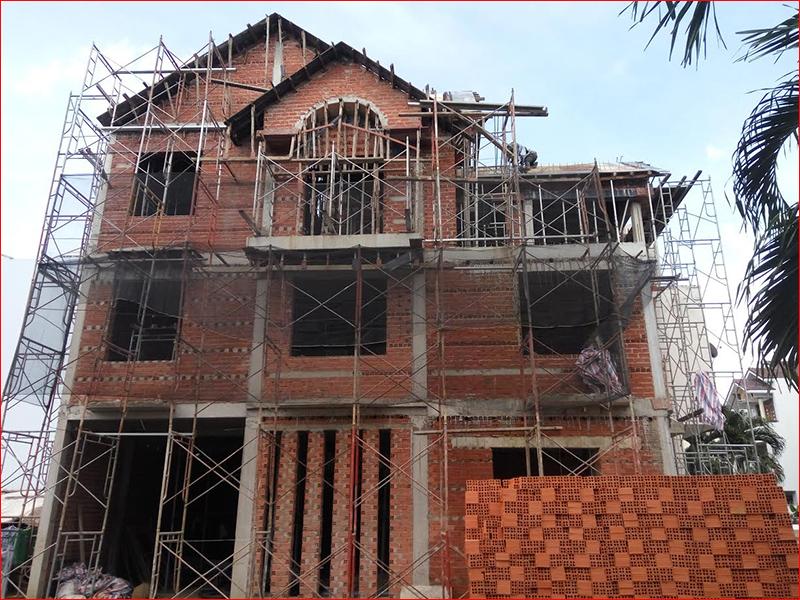 Khởi công xây dựng khi chưa cấp giấy phép có được không?